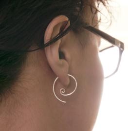 Zilveren spiraal oorbellen