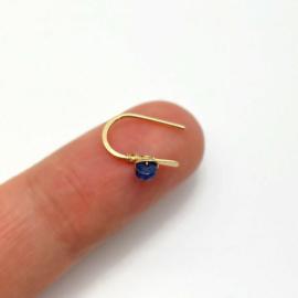 Gold fill oorbellen met blauwe Saffier