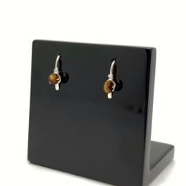 Kleine zilveren oorbellen met gefacetteerde Tijgeroog