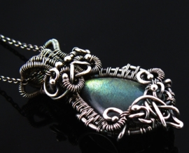 Wire wrapped labradoriet
