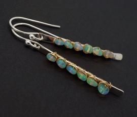 Oorbellen met opaal