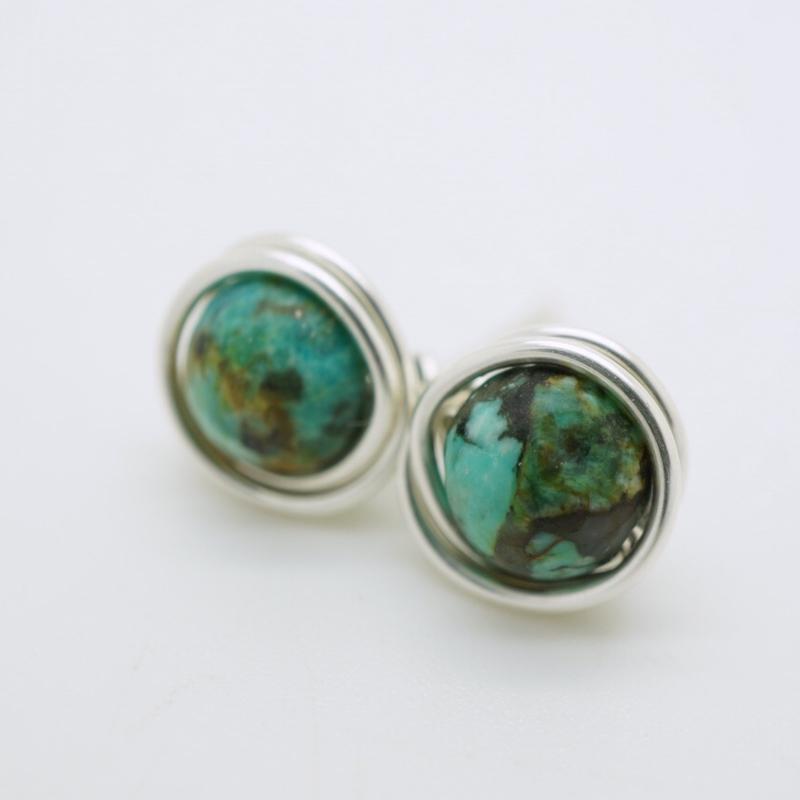 Zilveren oorknopjes met turquoise