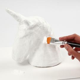 Knutselidee: Eenhoorn van papier-maché versieren
