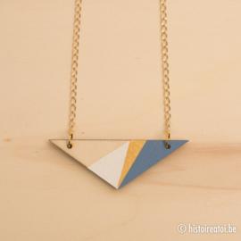 Halsketting driehoek zacht blauw en goud