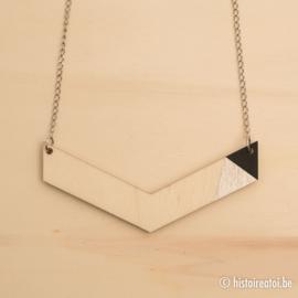 Halsketting vleugel zwart en zilver