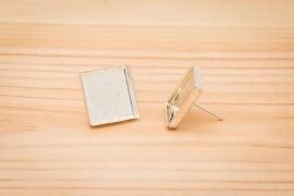Zilverkleurige oorstekers - Vierkant