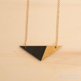 Halsketting driehoek zwart en goud