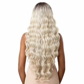 """Outre Synthetic SleekLay Part Lace Front Wig - Dalilah 34"""""""