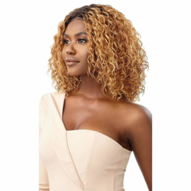 Outre Synthetic HD Transparent Lace Front Wig - Yanara