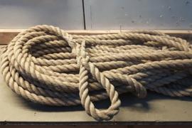 Dik touw 2,5cm, 20mtr met lus, naturel kleur