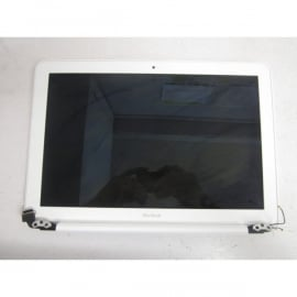 Clamshell A1342 Macbook Unibody White