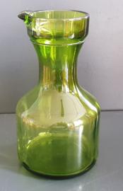 Groene karaf.