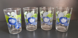 Set glazen met blauw fruitmotief (G20).