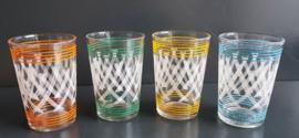 Set van vier glazen.