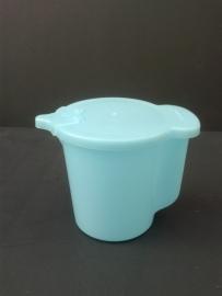 Tupperware schenkkan. Blauw, klein.