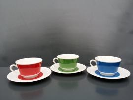 Set van drie kop en schotels.