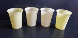 Set van 4 Tupperware bekers (art T12)
