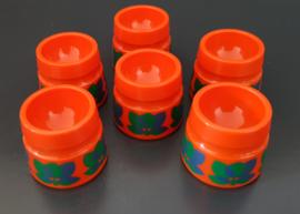 Set van zes kunststof eierdoppen, oranje, Emsa.