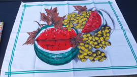 Theedoek meloen druiven.