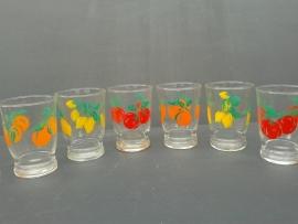 Glazen met fruitmotief. Jaren 70 (G16).