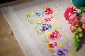 Tafelkleden borduurpakketten