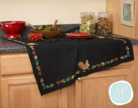 Zwart tafelkleed met bloemenrand en haan