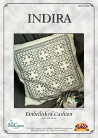 Indira Hardanger kussen