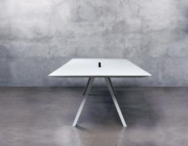 ARKI by Pedrali WIT tafel 6mm volkern blad met witte kern