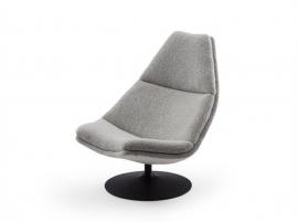 Artifort fauteuil F510 hoge rug by Geoffrey D. Harcourt RDI