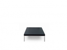 Artifort tafel T 905 Design Group 1964