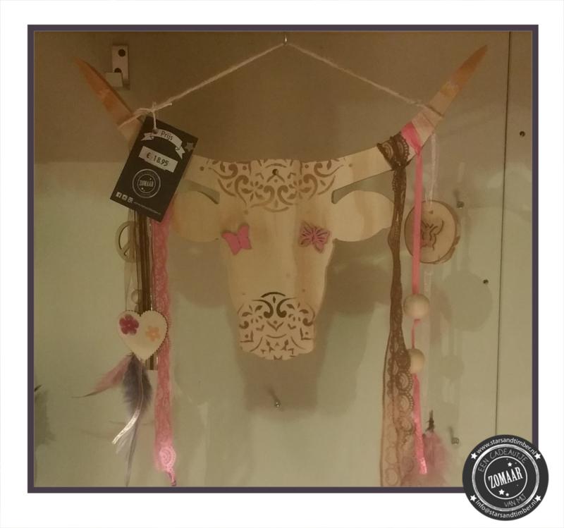 Bully met roze decoratie