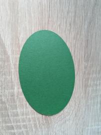 Ovale Ausschnitte Perlglanz Tannengrün