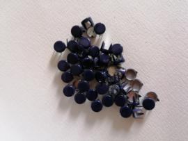 Nür 50 decorative knöpfe Purple 2755C
