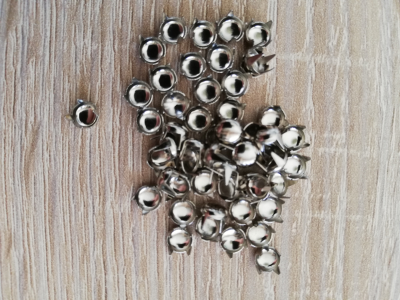Decorative Knöpfe Silver klein runde