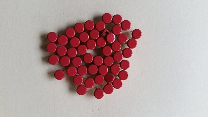 Alleen 50 sierknopjes Rood/ Red 005