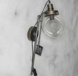 Wandlamp metaal met glas