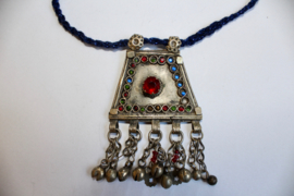 Authentieke Afghaanse Halsketting Kuchi Pendant ZILVER met BLAUWE, GROENE en RODE inleg- Pendant26  - Original Afghan Kuchi Pendant SILVER with RED, GREEN and BLUE inlay