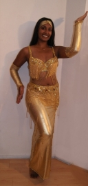 "Buikdanskostuum crystal collection licht GOUD ""Splendid GOLD"" met smalle rok met split - 5-piece bellydance costume ""splendid GOLD"" with Swarovsky crystals"