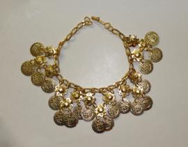 Metalen Enkelbandje / Armband GOUD kleurig met muntjes in driehoek patroon - 28 cm - Metal coins anklet / bracelet