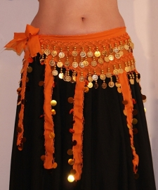 Buikdansgordel ORANJE chiffon met slierten en GOUDEN versiering - Bellydance hipscarf ORANGE chiffon GOLD decorated
