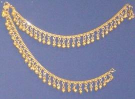 1 paar metalen enkelbandjes met belletjes GOUD kleurig - 1 pair of metal anklets GOLD color