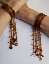 Kraaltjes armband KOPER BRUIN met kralenfranje - one size - Beaded bracelet BRASS BROWN with beaded fringe