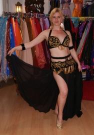 6-delig buikdanskostuum fluweel uit Egypte met taillebandje ZWART GOUD - L, XL XXL - 6-piece Egyptian bellydance costume BLACK GOLD