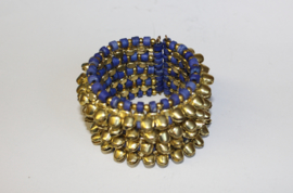 Tribal Fusion Indische Kathak stijl armband vol belletjes en kraaltjes BLAUW GOUD - Indian Tribal Fusion Kathak style beaded bracelet BLUE GOLD, decorated with bells