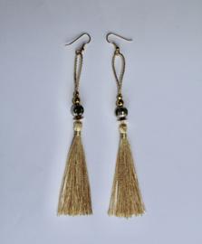 Lichtgewicht oorbellen met kwasten CRÈME LICHT GEEL ZILVER GOUD - Lightweight Tassel Earrings, creme color LIGHT YELLOW, SILVER and GOLD beads decorated