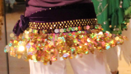 Buikdans gordel diep PAARS fluweel hologram pailletten GOUD - G23 - Hipbelt DEEP PURPLE with GOLDEN hologram sequins