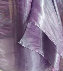 Glimsluier LILA / LICHT PAARS rechthoekig - 187 cm x 110 cm - Veil rectangle LILAC / SOFT PURPLE with glow