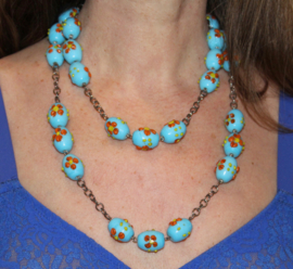 Halsketting met turquoise glaskralen - Necklace with glass beads turquoise