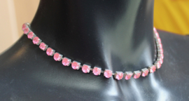 Halssnoer strass only basic FEL ROSE in zilver gevat - Necklace strass only BRIGHT PINK, inlayed in silver