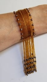 Kraaltjes armband GOUD met kralenfranje - one size - Beaded bracelet GOLD with beaded fringe